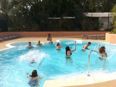 Verwarmd zwembad Franse Rivièra Solarium Bubbelbad Spa kinderzwembad Groot zwembad