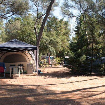 Tenten, caravans, campers/ staanplaatsen