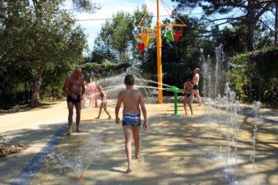 Toulon Waterpark Waterspel Vakantie kinderen Vrienden