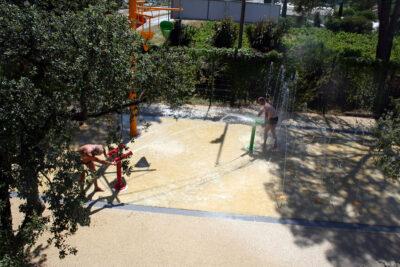 Seaside water games verwarmd zwembad familie