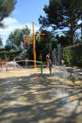 Camping water glijbanen Waterspelen Kindervakanties