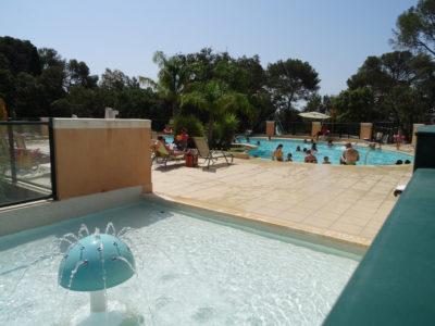 Verwarmd kinderzwembad verwarmd zwembad verwarmd zwembad Vakantie kinderen familie