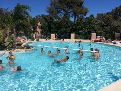 Camping Hyères verwarmd zwembad Activiteiten Sport Vakanties