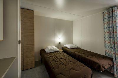 Camping stacaravan prestige met twee badkamers aan de Côte d'Azur