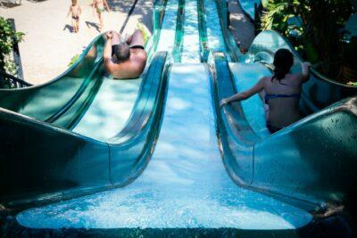 Lavandou waterglijbaan verwarmd zwembad