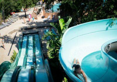 Camping Hyères waterglijbaan verwarmd zwembad
