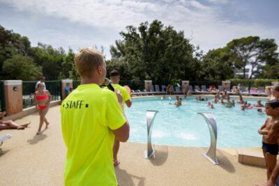 Camping Côte d'Azur verwarmd zwembad familie vakanties Animatie