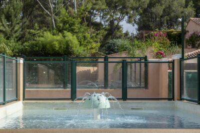 Waterpark kinderzwembad waterspelletjes zwembad