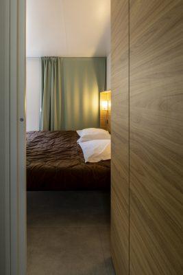Luxe stacaravan master bedroom in Zuid Frankrijk